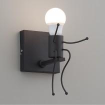 小巨人造型黑色壁燈